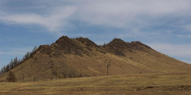 Гора-верблюд на подъездах к селу Армак