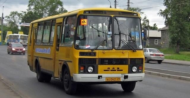 Школьные автобусы будут оснащать тахографами