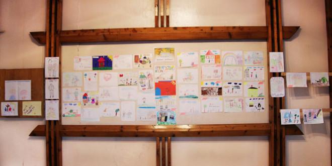 1 октября состоялась выставка детских рисунков от Петропавловской детской библиотеки.